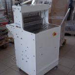 Új állványos kenyérszeletelő gép a gyártótól 295 000
