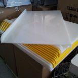 Eladó új, 1000x600x10 mm-es műanyag vágó és nyújtódeszka.  15.000+áfa