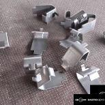 Helkama fém polctartó fül  8 darab
