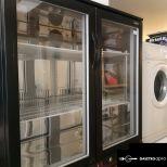225 literes pulthűtő üvegajtós ventilátoros a Vásárcsarnok mögött
