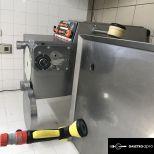 Húsipari töltőgép