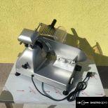 Bolti vendéglátóipari szeletelő szeletelőgép szalámi felvágott szeletelő gép 250 mm-es késátmérővel eladó